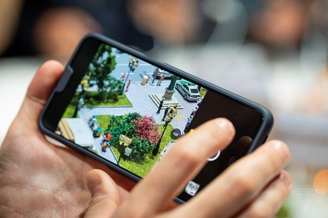 Đã có smartphone cho phép zoom quang 10x ảnh 2