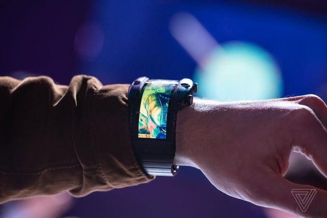 Chi tiết Nubia Alpha - smartphone đeo tay đã thành sự thật ảnh 7