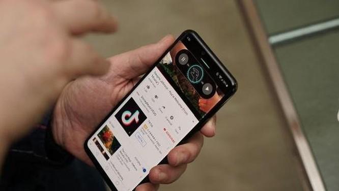Cận cảnh LG G8 ThinQ:Smartphone đầu tiên trên thế giới quay phim xóa phông ảnh 11