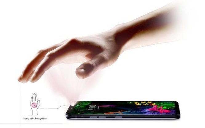 Cận cảnh LG G8 ThinQ:Smartphone đầu tiên trên thế giới quay phim xóa phông ảnh 6