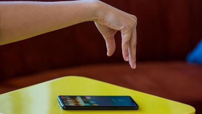 Cận cảnh LG G8 ThinQ:Smartphone đầu tiên trên thế giới quay phim xóa phông ảnh 8
