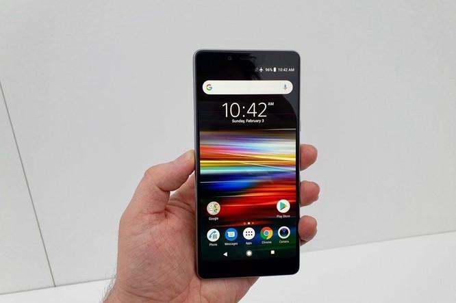 Chi tiết Sony Xperia L3 vừa ra mắt: Giá tầm trung, cấu hình từ 2017 ảnh 2