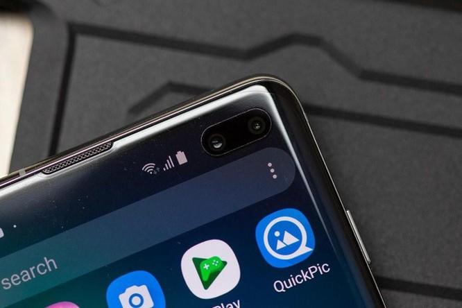 Samsung: Tấm dán tốt nhất cho S10 đã được dán sẵn, đừng bóc ra ảnh 2
