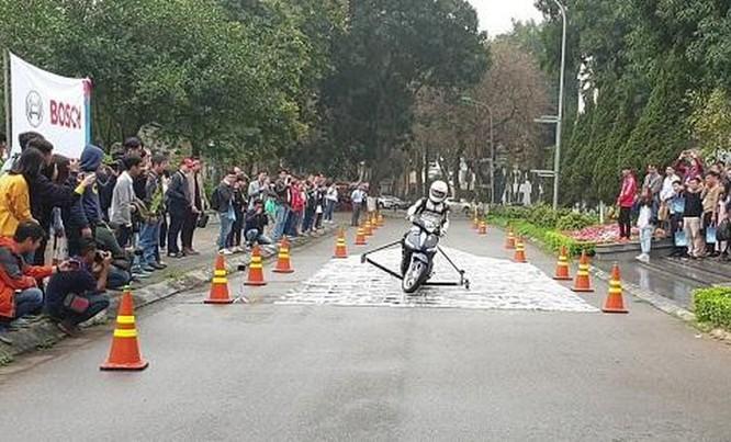 Nhờ công nghệ giúp giảm thiểu tai nạn giao thông ảnh 1