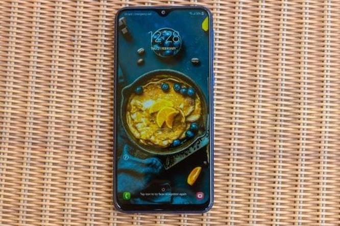 Đánh giá chi tiết Samsung Galaxy M20: được ít nhưng mất nhiều ảnh 24