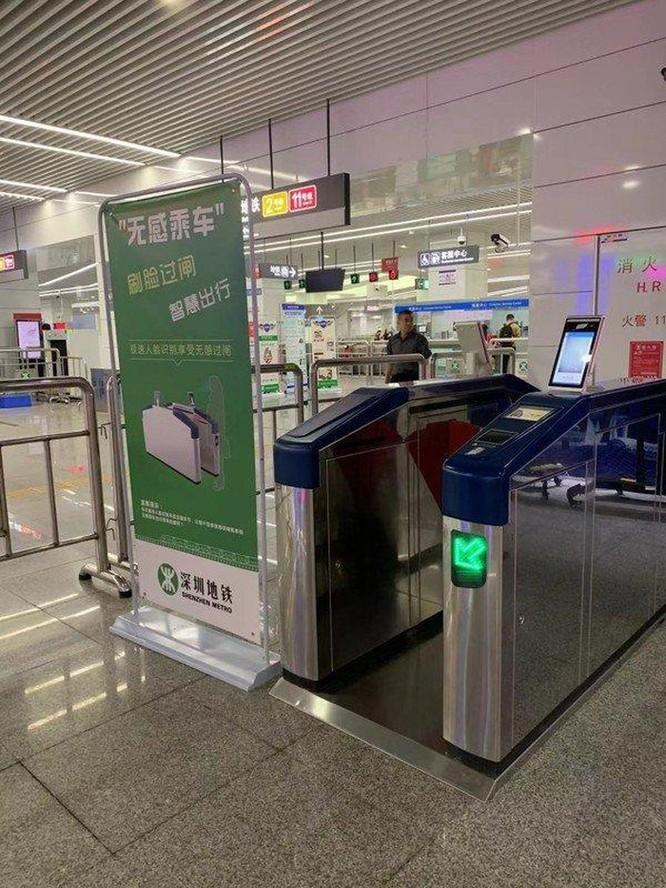 Mua vé tàu điện ngầm bằng nhận diện khuôn mặt tại Trung Quốc ảnh 1