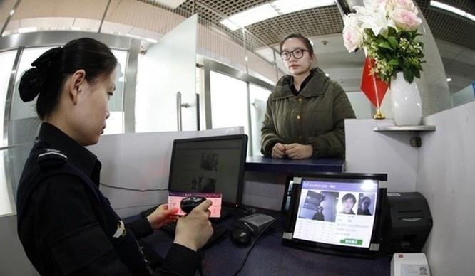Camera giám sát giúp cảnh sát Trung Quốc bắt hơn 10.000 tội phạm ảnh 2