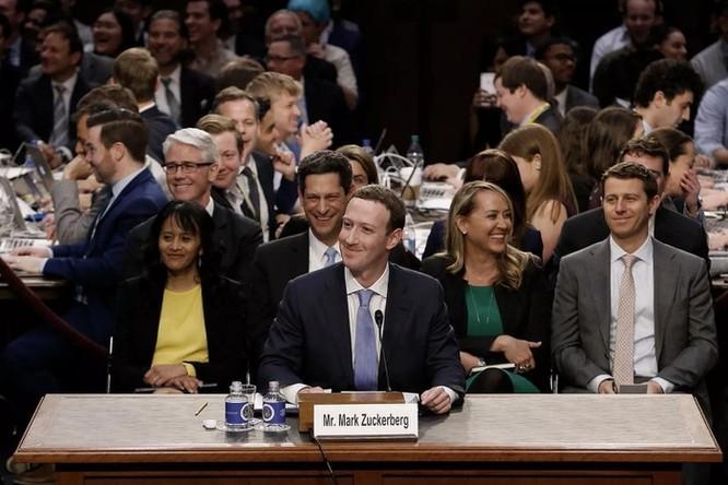 Mark Zuckerberg: 'Internet cần luật lệ mới' ảnh 2