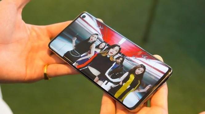 Những bằng chứng cho thấy Galaxy S10 không thua kém iPhone XS ảnh 11