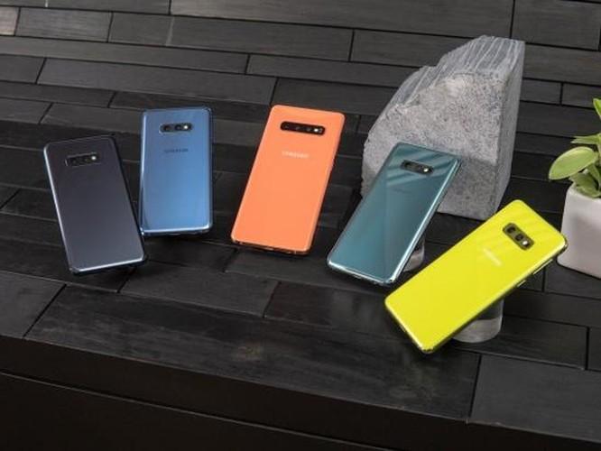 So sánh Samsung Galaxy S10 và Google Pixel 3 ảnh 15