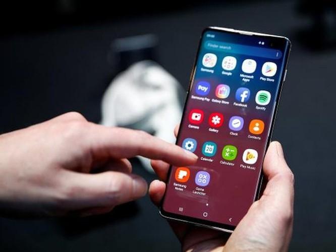 So sánh Samsung Galaxy S10 và Google Pixel 3 ảnh 17