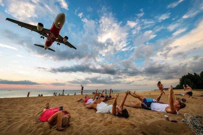 Chụp ảnh máy bay ở bãi biển Thái Lan có thể bị tử hình ảnh 1
