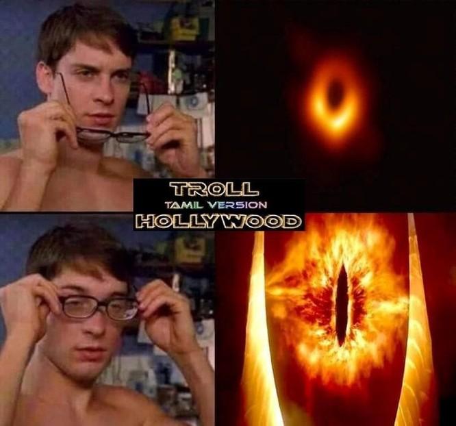Ra mắt chưa tới một ngày, hố đen vũ trụ đã thành 'nạn nhân' ảnh chế ảnh 4