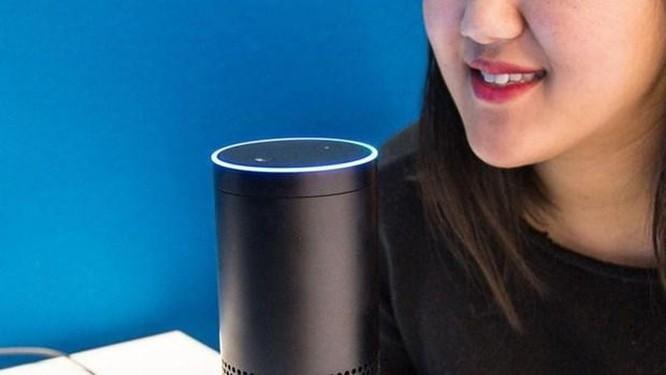 Amazon thuê hàng nghìn người giúp cải thiện trợ lý ảo Alexa ảnh 1