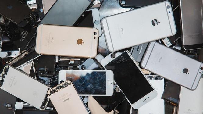 Hàng chục nghìn iPhone vứt sọt rác mỗi năm vì khóa iCloud ảnh 1