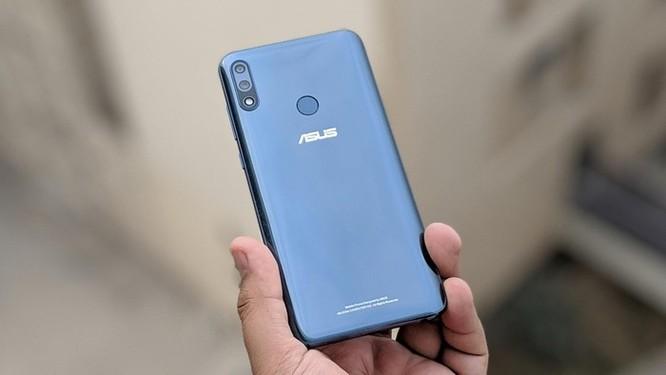 Loạt smartphone pin 'trâu', giá dưới 5 triệu đồng đang bán tại VN ảnh 2