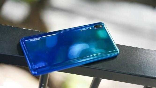 Loạt smartphone pin 'trâu', giá dưới 5 triệu đồng đang bán tại VN ảnh 6