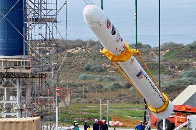 Mua nhầm nhôm rởm, NASA mất 2 vệ tinh, thiệt hại 700 triệu USD ảnh 1