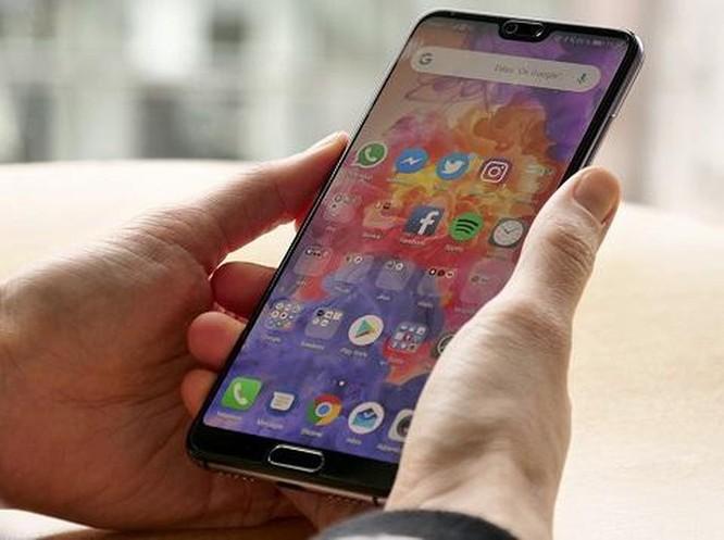Những smartphone cao cấp đáng chọn nhất hiện giờ ảnh 4