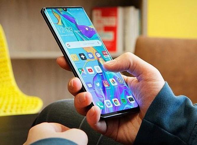 Những smartphone cao cấp đáng chọn nhất hiện giờ ảnh 2