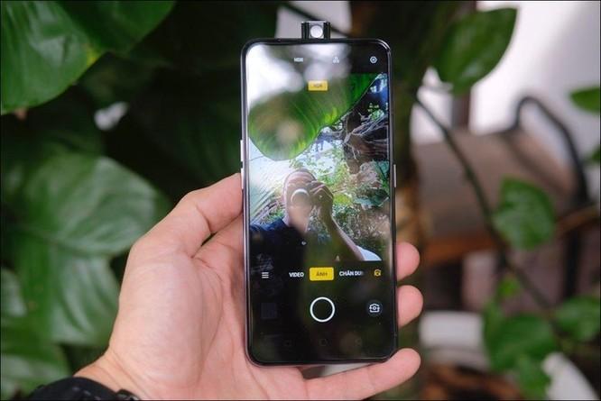 Hình ảnh, video chi tiết Oppo F11 Pro màu xám tinh vân, ROM 128GB, giá 8,49 triệu đồng ảnh 5