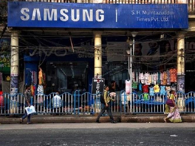 Samsung lấy lại ngôi đầu thị trường điện thoại cao cấp ở Ấn Độ ảnh 1