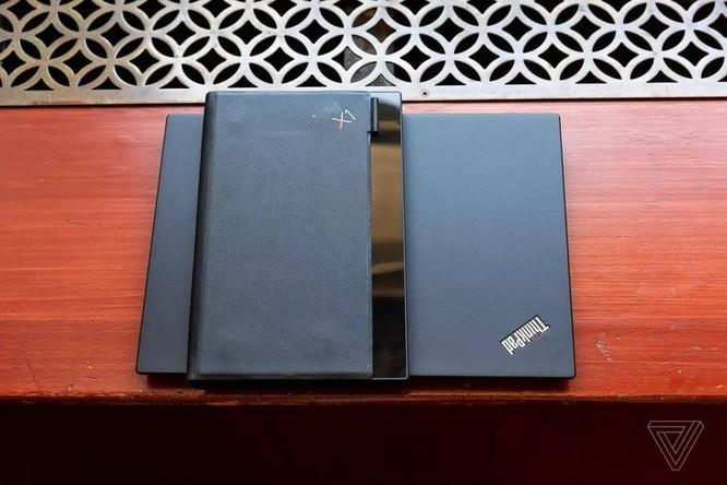 Đây là chiếc laptop màn hình gập đầu tiên trên thế giới ảnh 3