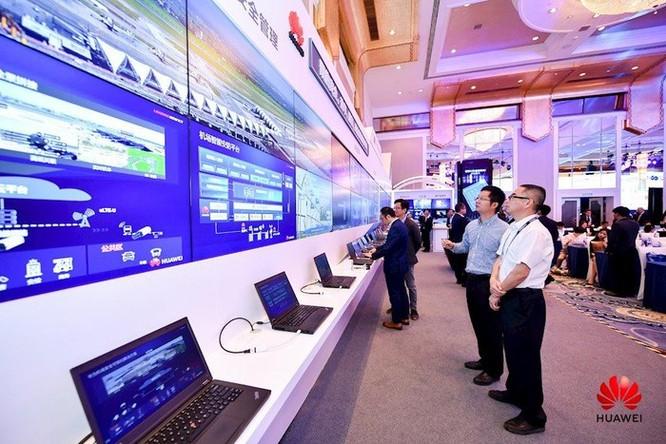 Huawei tích hợp 5G với 'video + AI' phát sóng trực tiếp HD 4K khi máy bay cất cánh ảnh 2