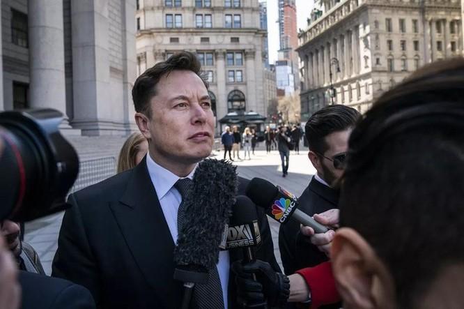 Elon Musk: 10 tháng nữa Tesla sẽ hết tiền, phải 'ăn kiêng' ảnh 1