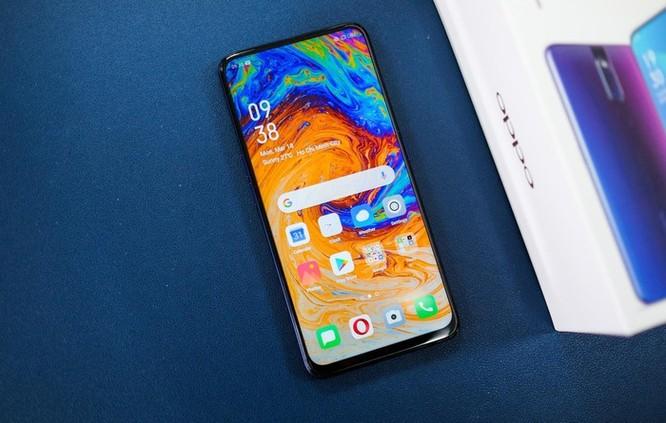 Loạt smartphone tầm trung màn hình lớn đáng chú ý tại VN ảnh 2