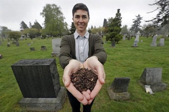 Mỹ: Hợp pháp hóa việc biến thi thể người chết thành phân hữu cơ ảnh 1