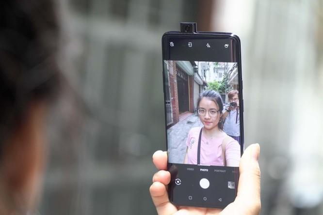 'Kẻ hủy diệt iPhone' về VN với mức giá 15 triệu đồng ảnh 5