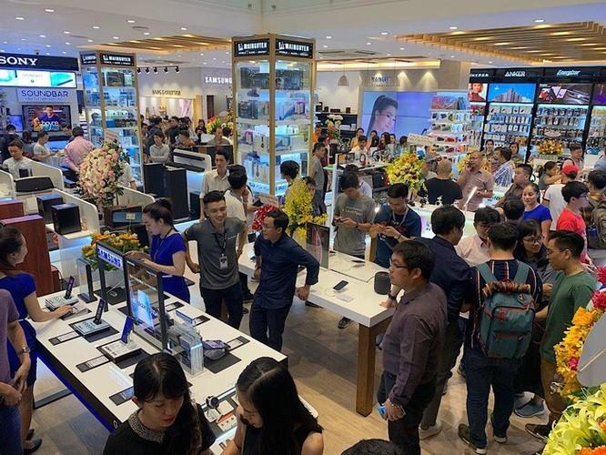 Khai trương Flagship Store lớn nhất của mình tại Việt Nam ảnh 2