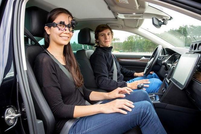 Làm thế nào để chống nôn hiệu quả trên xe tự lái? ảnh 2