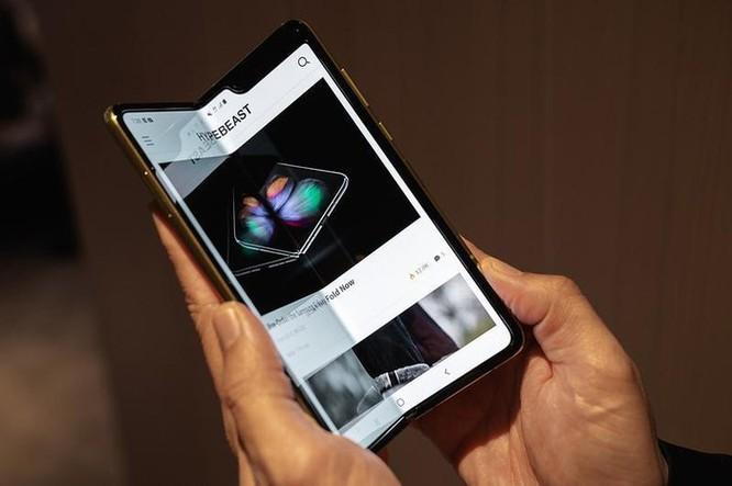 Samsung tiếp tục hoãn ngày phát hành Galaxy Fold ảnh 1