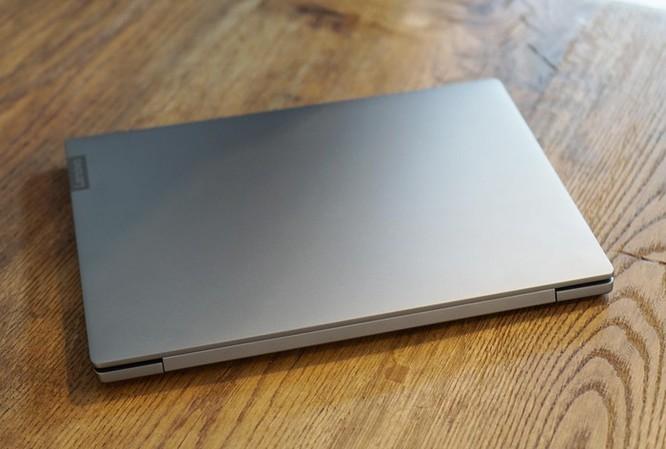 Lenovo đưa laptop siêu mỏng, có nắp che webcam về VN giá 15 triệu ảnh 2