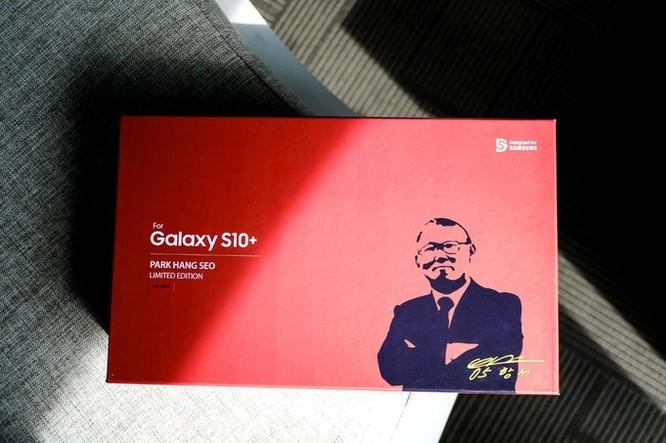 Chi tiết Galaxy S10+ phiên bản Park Hang-seo cho fan bóng đá Việt Nam ảnh 1