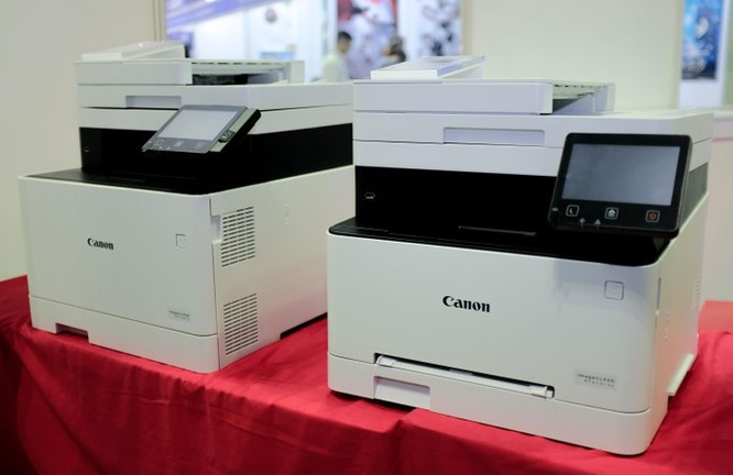 Sau một năm, Canon qua mặt Epson, dẫn đầu thị trường ảnh 2