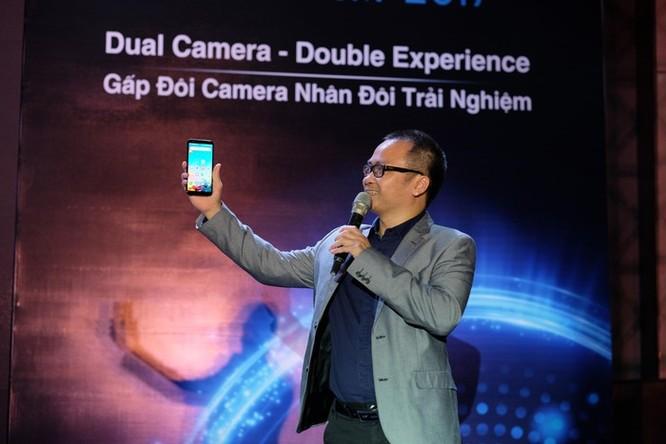 Điện thoại thương hiệu Việt và nỗi đau gục ngã ngay trên sân nhà ảnh 1