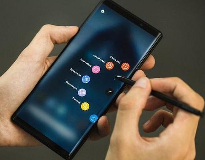 Top 6 smartphone nổi bật của Samsung hiện giờ ảnh 2