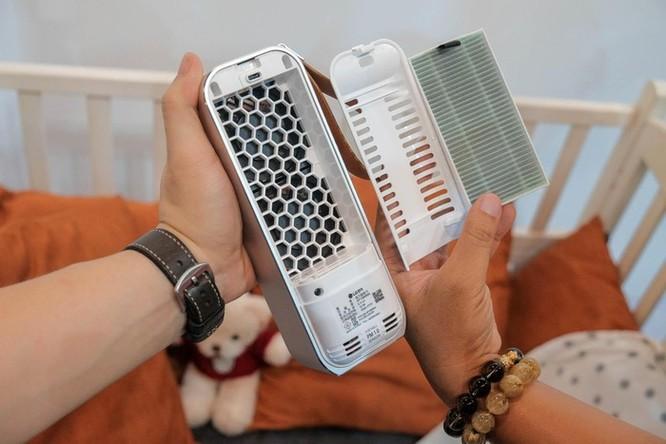 Chi tiết LG PuriCare Mini - máy lọc không khí nhỏ bằng chai nước ảnh 3