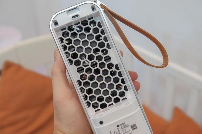 Chi tiết LG PuriCare Mini - máy lọc không khí nhỏ bằng chai nước ảnh 5