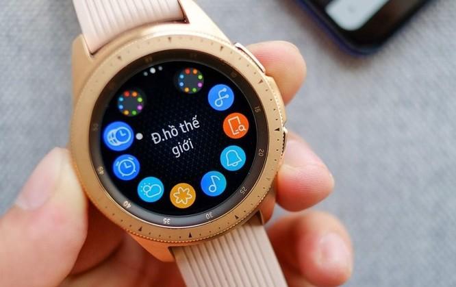 Samsung dọn hàng tồn, Galaxy Watch giảm giá gần 3,5 triệu đồng ảnh 2
