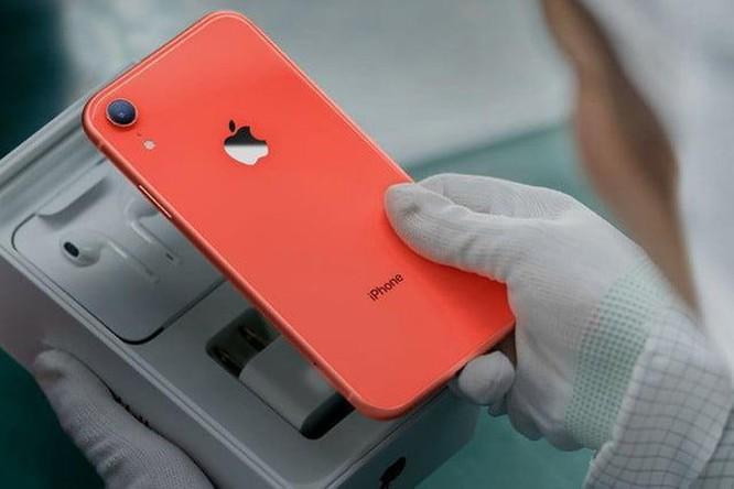 iPhone 11 có thể đắt hơn 300 USD so với iPhone XS ảnh 2