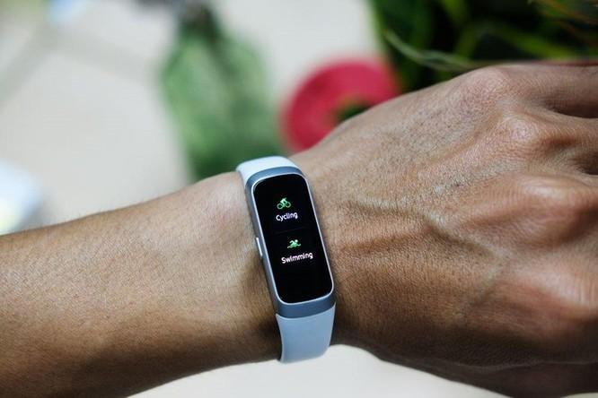 Galaxy Fit & Fit e: vòng đeo tay thông minh cho người mới tập thể thao ảnh 4