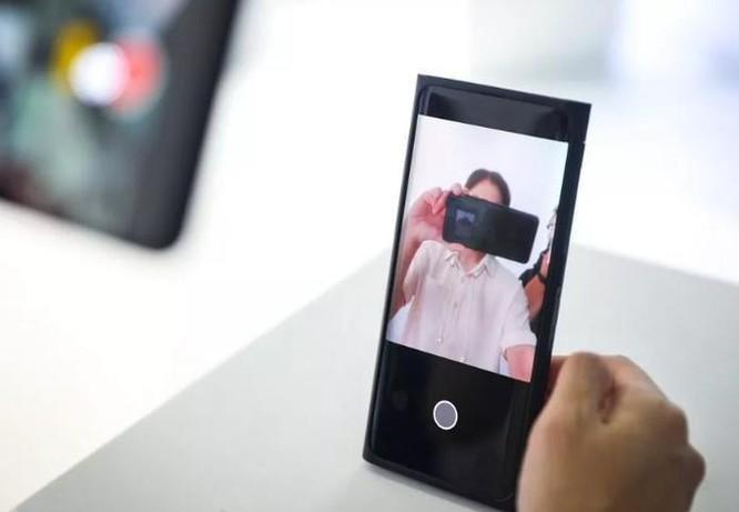 Oppo ra smartphone có camera ẩn dưới màn hình đầu tiên ảnh 1