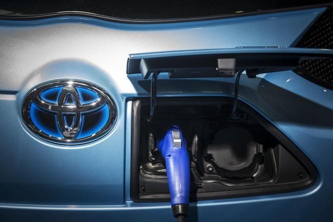 Toyota bơm 2 tỷ USD vào Indonesia để phát triển xe điện ảnh 1