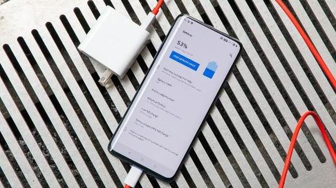 OnePlus 7 Pro và iPhone XR: Chọn smartphone nào? ảnh 19