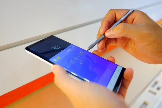 Nhiều smartphone giảm giá mạnh đầu tháng 7 ảnh 1