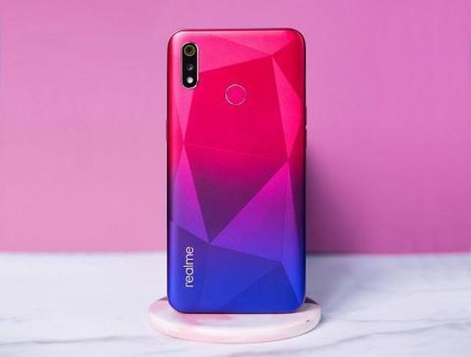 Ngắm smartphone Realme 3 phiên bản kim cương hồng vừa lên kệ ảnh 6